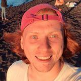Blogger   Carlos Bustamante  - Estudiante.