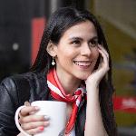 Blogger   Estefaniha Domínguez  - Especialista en Marketing IT y actriz.